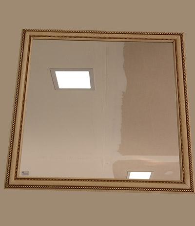 Espelho 4mm lapidado 670×640