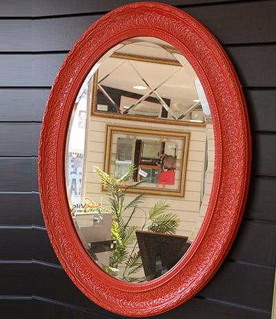 Espelho Oval lapidado com moldura vermelha 850×650